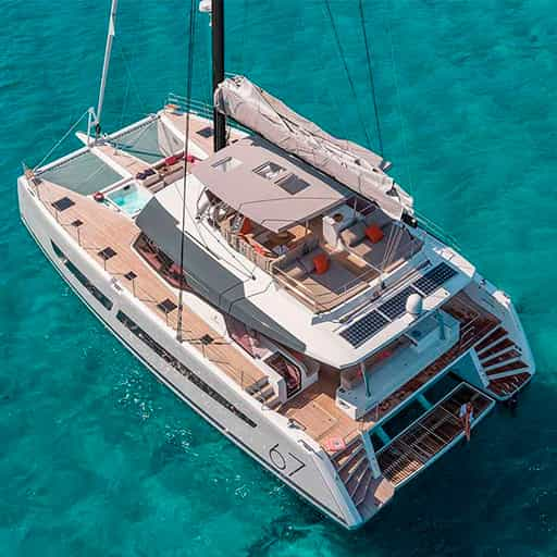 yacht-charter-lisa-of-the-seas